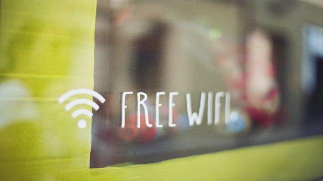 WiFiアクセスができることを表示したミーティングルーム