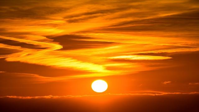 断酒に成功した気分は美しい太陽のような感じだ。