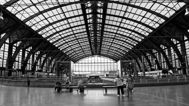 海外の街の光景(駅)