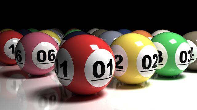"""宝くじを5週間分購入して週に1回の抽選日で""""メリハリ""""を取り入れる"""