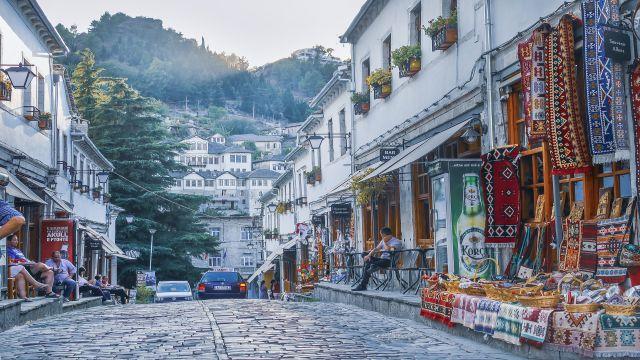 講師が住むアルバニアの街並み