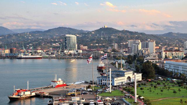 講師が住むGerogia第二の都市Batumi